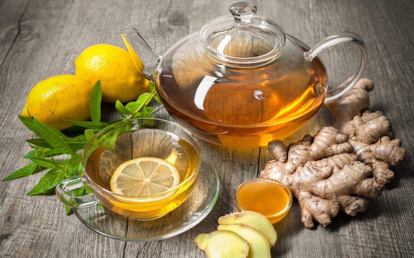 Abhilfe mit Ingwer und Zitrone